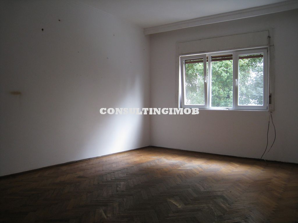 Mosilor-Obor, apartament in vila 3 camere, 80 mp